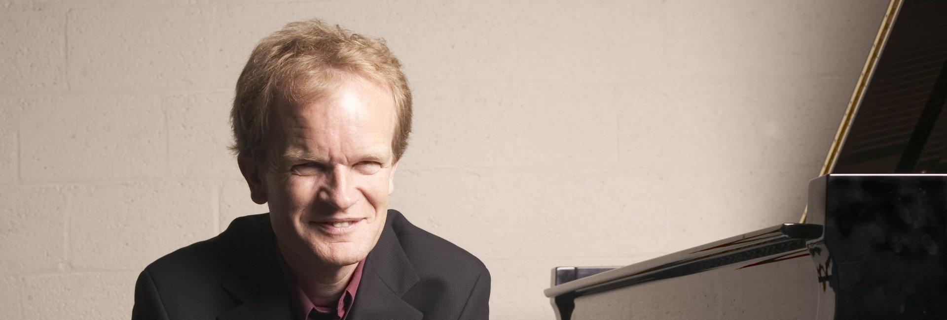Bert van den Brink, piano
